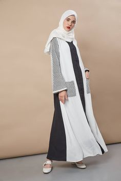 Abaya Fashion, Modest Fashion, Fashion Dresses, Modest Maxi Dress, Moslem Fashion, City Outfits, Kurta Neck Design, Casual Hijab Outfit, Hijab Fashion Inspiration
