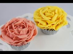 Stunning buttercream rose cupcakes - perfect for vintage high tea!   This tutorial and more available for FREE on our YouTube channel MyCupcakeAddiction