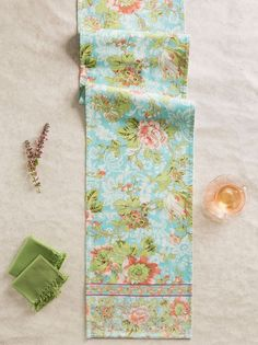 April Cornell Table Runner Tea Rose Collection Aqua Floral NWT 100% Cotton Linen #AprilCornell
