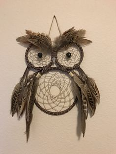 Owl Dream Catcher by on Etsy catcher craft owl Items similar to Owl Dream Catcher on Etsy Owl Dream Catcher, Black Dream Catcher, Dream Catcher Nursery, Large Dream Catcher, Owl Crafts, Cute Crafts, Diy Dream Catcher Tutorial, Arrow Nursery, Making Resin Jewellery