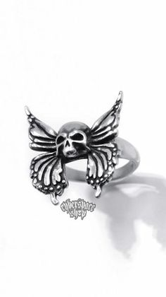 Chrome Hearts Ring, Grunge Jewelry, How To Wear Rings, Fire Ring, Ring Tattoos, Butterfly Ring, Fire Heart, Cute Rings, Stainless Steel Rings