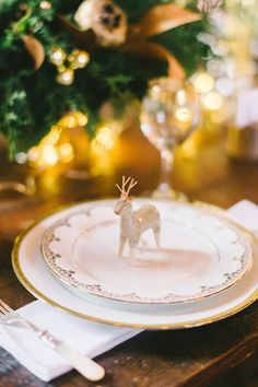 4 Holiday Inspired Tabletops You'll Love