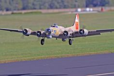 "Road to Top Gun — Dennis ""Mike"" Grady — B-17 Flying Fortress"