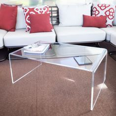 Clear #acrylic side table 80x60x40 Tavolino da salotto in #plexiglass ...