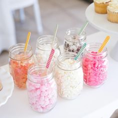 Here's a sweet idea: Round up your favorite candy, call up your friends, and create a make-it-yourself ice cream sundae party! Sundae Toppings, Ice Cream Toppings, Grad Parties, Summer Parties, Birthday Parties, Cafe Gelato, Tillamook Ice Cream, Baby Girl 1st Birthday, Princess Birthday