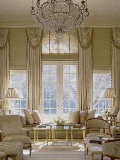 elegant livingroom - Traditional Style - Window Treatments