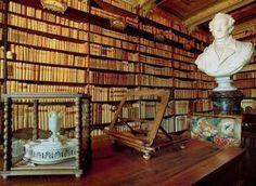 Recanati: la biblioteca di Casa Leopardi continua ad attirare turisti da ogni parte del Mondo