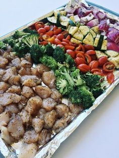 Do you meal prep? I didn't used to, but I started working out again and really wanted to stay on track with what I'm eating. So I looked up some meal prep recipes and have to share this one with you. I originally found it from Gimme Delicious, but decided to adjust the portions to… Read More Easy Meal Prep: Roasted Chicken and Veggies