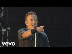 Bruce Springsteen - Dancing in the Dark ( Live: London mom) Music Is Life, Live Music, New Music, Good Music, Empire Music, Bruce Springsteen The Boss, Happy Song, Roy Orbison, Photos