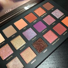 Huda Beauty is our makeup inspiration! This eyeshadow palette is just gorgeous and the shades have such great range you can really create tons of new creative looks with this! Shimmer Eyeshadow, Eyeshadow Palette, Beauty Barn, Huda Beauty Desert Dusk, Makeup Pallets, Girl Trends, Cake Face, Makeup Inspiration, Swatch