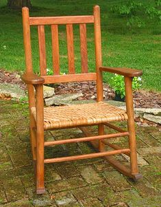The finished hickory bark chair seat.