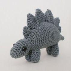 Stegosaurus en crochet #planetjune