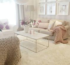 """""""Mi piace"""": 3,161, commenti: 28 - Annika Seppälä, 31 (@pellavaa_ja_pastellia) su Instagram: """"New white marble coffeetable in livingroom Uusi suorakaiteen mallinen sohvapöytä on viimein…"""""""