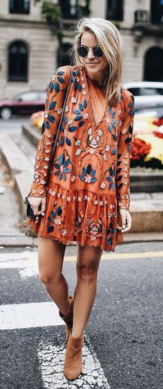 I NEED TO FIND THIS DRESS