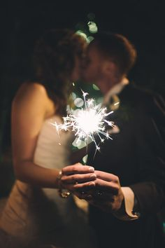 love this sparkler shot!