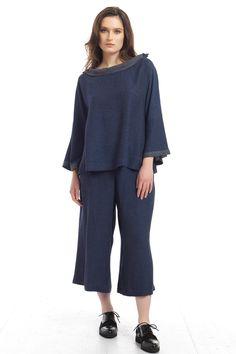 Premium μπλούζα με λαιμό χαμόγελο - Blue   LA STAMPA International Fashion House