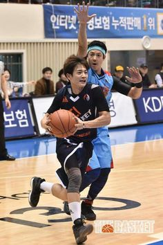 [170305] Minho @Korea Celebrity Basketball League Finals  Visit the thread to see all pictures: http://www.shineee.net/index.php?showtopic=53685