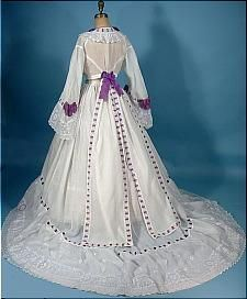 circa 1860s Trained White Fine Linen 2-piece Gown Trimmed in Purple Ribbon - Civil War Era.