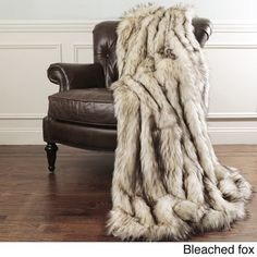 Faux Fur Blanket, Faux Fur Throw, Aurora, Faux Fur Bedding, Fur Decor, Quilted Pillow, Bedroom Decor, Bedroom Ideas, Master Bedroom