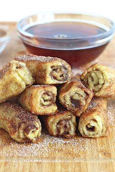 Easy to make and fun to eat, these delicious french toast roll ups are a creative breakfast treat for any day of the week!