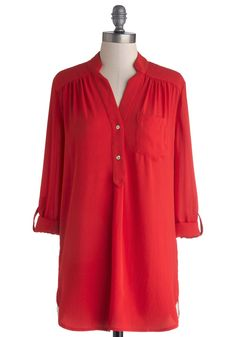 Pam Breeze-ly Tunic in Tomato. The Pam Breeze-ly Top is back and better than ever! #red #modcloth
