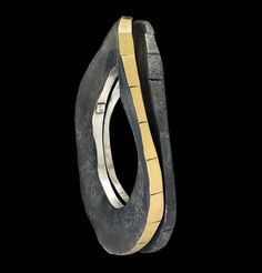 Gigi Mariani  Bracelet: Lost In._or 3.51 2013  Silver,18kt yellow gold,niello, patina
