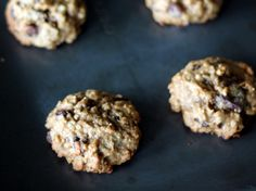 Banana oatmeal cookies with chocolate chips and made with coconut oil instead of butter. These hearty cookies are absolutely delicious!