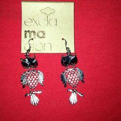 Owl earrings Very pretty trendy owl earrings brand new Jewelry Earrings