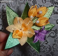 Ganutell is a Maltese art of making flowers using wire and thread. So beautiful! I'm definitely wanting to learn!