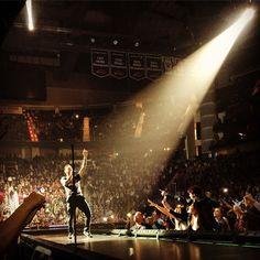 Maroon 5 faz show da V Tour em Houston, Texas