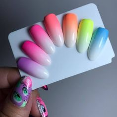 Nails gel, we adopt or not? - My Nails Gradient Nail Design, Gradient Nails, Neon Nails, Love Nails, Diy Nails, Galaxy Nails, Spring Nails, Summer Nails, Nail Art Designs