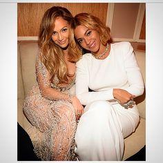 Beyoncé & JLO At The Vanity Fair Oscar Party 22.02.2015