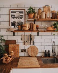 Cozy Kitchen, New Kitchen, Kitchen Decor, Kitchen Interior, Kitchen Design, Kitchen Facelift, Home And Deco, Updated Kitchen, Dream Decor