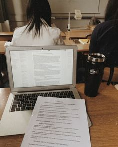 Melcalis goes to classes and complete schoolwork to guarantee graduation ! School Motivation, Study Motivation, Coffee Study, Keep Calm And Study, Study Space, Study Desk, College Life, Duke College, College Board
