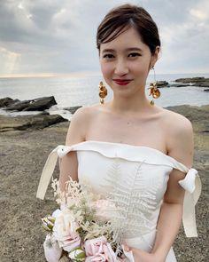 Wedding Images, Wedding Styles, Hair Arrange, Asian Bride, Boho Wedding, Wedding Hairstyles, Hair Beauty, Beautiful Women, Kiyo