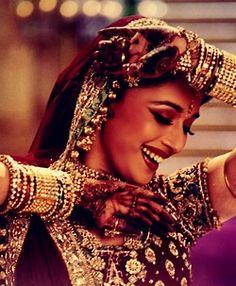 """Stock Photo - Film Still / Publicity Still from """"Devdas"""" Madhuri Dixit © 2002 Eros International Ltd Mode Bollywood, Bollywood Stars, Bollywood Fashion, Bollywood Actress, Bollywood Celebrities, Madhuri Dixit, Sanjay Leela Bhansali, Vintage Bollywood, Hollywood"""