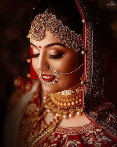 Best Wedding Photographers from India - Dulhaniyaa Indian Bride Poses, Indian Bridal Photos, Indian Wedding Bride, Indian Wedding Makeup, Indian Wedding Photography Poses, Indian Bridal Fashion, Indian Makeup, Indian Weddings, Indian Beauty