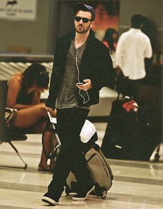 Chris Evans | I need to spend more time in airports lol <3<3<3 -B.R.