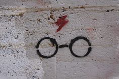 Harry Potter grafitti - If I saw this somewhere my day would be made.