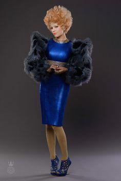 Capitol Couture le dio una vistazo exclusivo detrás de escenas del vestuario del Tour de Victoria de Effie Trinket, diseñado por el codiciada estilista Trish Summerville.
