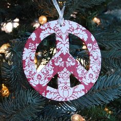 Another PB knock off peace sign   Whilst perusing the Pottery Barn catalog, my neighbor mentioned she'd noticed there were some ornaments pictured that weren't actually for sale.