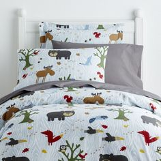 Kids' duvet cover printed all over with bears, foxes, owls, squirrels, wolves and more. Super cozy (and super cute!), woven of soft, 200-TC cotton percale.