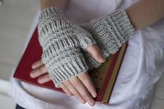 Timber Bay mitts