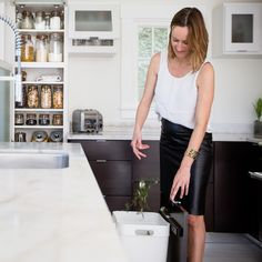 When Bea Johnson and her family moved from the suburbs closer to downtown in the Bay Area, she didn't realize she would end up getting rid of 80% of their stuff. Instead of missing it, she felt free. Inspired, she wondered if she could take this minimalist concept further—this time to the trashcan.