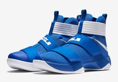 27656d6810e Big Blue Nation Can Now Pick Up The Nike LeBron Zoom Soldier 10 Kentucky  Tenis Basketball