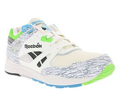 4bb432830a24c2 Reebok Ventilator Classic White Men s Sneakers  Amazon.co.uk  Shoes   Bags