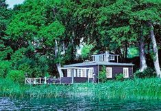The idyllic lake-side Danish summer cottage
