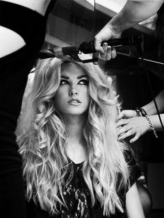 LOVE her hair style, thickness ,length and blonde !
