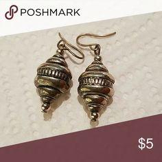 Earrings. Light weight dangle earrings. Jewelry Earrings