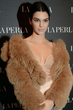Kendall Jenner Photos from La Perla Show Room Opening in Milan. Kendall Jenner is an American actress and fashion model . Kendall Jenner has a stylish Kendall Jenner Photos, Kendall Jenner Style, Kendall And Kylie, Kylie Jenner, Gigi Hadid, Boutique, Kanye West, Celebrity Photos, Celebrity Gallery